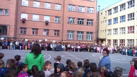 """Clujenii preferă școala de limbă germană. Aglomerație la deschiderea anului școlar la Colegiul Național """"George Coșbuc"""""""