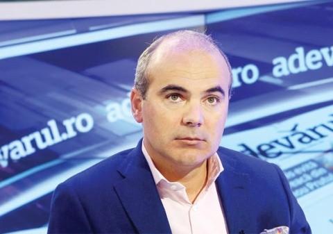 Rareș Bogdan îi cere demisia președintelui PNL, Ludovic Orban