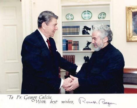 Interziceți-l pe Reagan!…