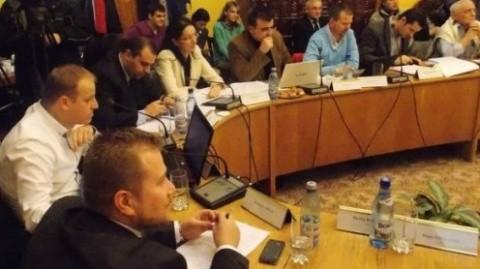 Grupul consilierilor locali PNL: Incidentul de la Sala Polivalentă să nu se mai repete și vinovații trebuie sancționați