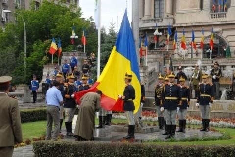 """Ceremonii dedicate """"Zilei Drapelului Naţional"""" la Cluj-Napoca"""