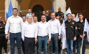 Bogdan Diaconu, președintele PRU, și-a depus primul candidatura oficială la Primăria Capitalei. Adio mega-moschee!