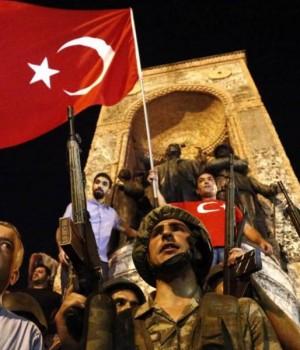 Radicalii turci vor ca Erdogan să proclame califatul islamic în Turcia