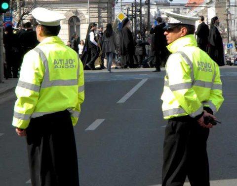 Polițiștii din Câmpia Turzii au arestat de 8 martie o femeie pentru tâlhărie calificată