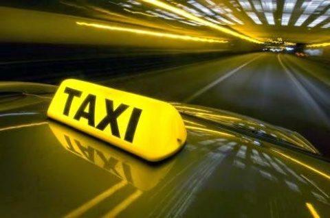 Clujenii sunt chemați la o dezbatere publică privind numărul autorizațiilor de taxi