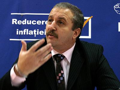 Vasile Dîncu recunoaște sincer: 'Pensiile speciale nu vor putea fi eliminate. E vorba de a tăia unele din coloanele puterii din România şi pentru asta îţi trebuie curaj'