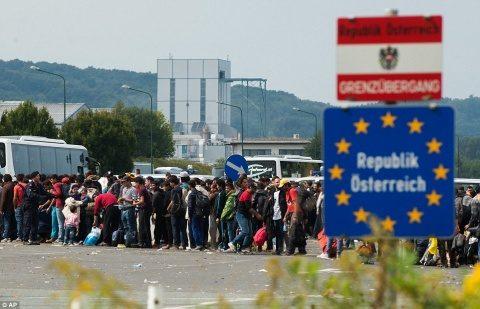 Austria se alătură Estului. Se naşte o nouă Europă. Preşedintele Iohannis ţine România la butoanele Berlin-Bruxelului