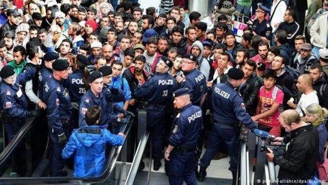 Autorităţile germane vor deporta doi suspecţi de terorism născuţi în Germania