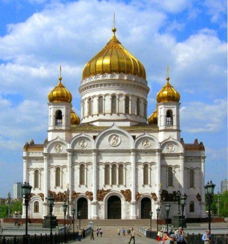 O mănăstire ortodoxa rusă a pomenit la o slujbă peste 14 000 de nume de soldați