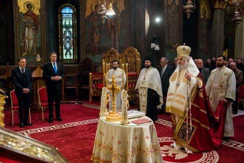 Cancelaria Sfântului Sinod: Desfășurarea slujbelor religioase doar în aer liber