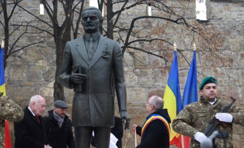 S-a făcut dreptate! Statuia lui Iuliu Maniu la Cluj-Napoca