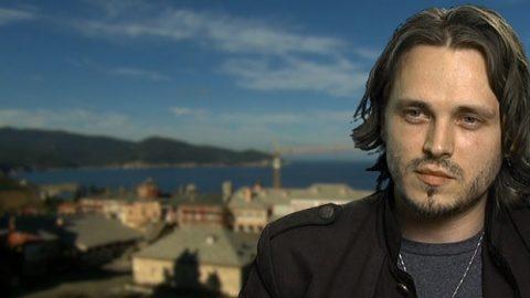 Actorul Jonathan Jackson face un apel public pentru construirea mănăstirii ortodoxe româneşti din Irlanda