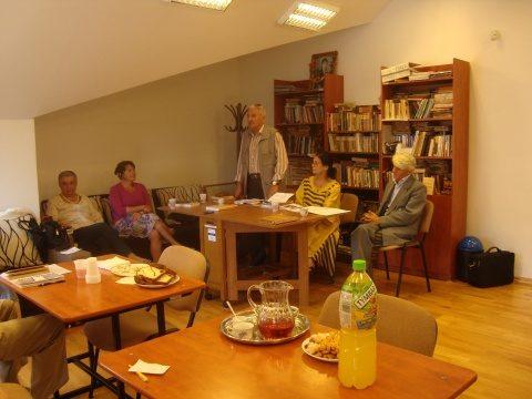 Sub egida Ligii Scriitorilor. Lansare de carte DESPRE MARELE PROFESOR IULIU HAȚEGANU