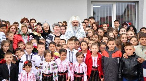 Profesorii de Religie îndemnați de Patriarh să nu diminueze conștiința lor misionară de a forma buni creştini