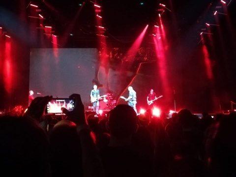 10.000 de clujeni au cântat şi au dansat la BT Arena, la concertul de circa două ore susţinut de Bryan Adams