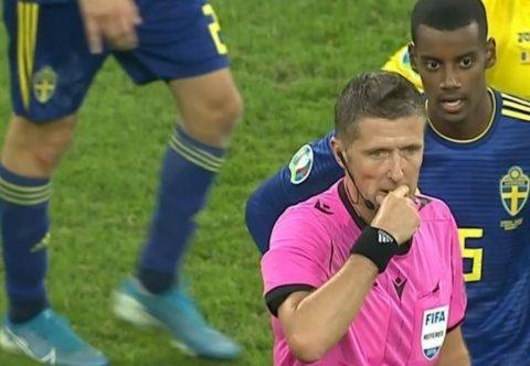 Șefii fotbalului din Suedia au râs când li s-a spus că românii nu sunt rasiști