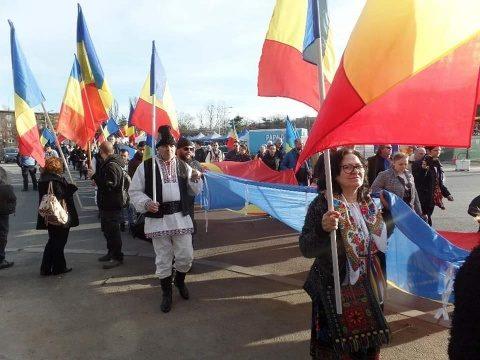"""Protest împotriva Codului Administrativ la Cotroceni.""""1 Martie a fost despre Limba Română singura stăpână!"""""""
