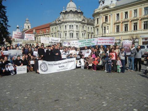 Dan Puric participă la Marșul pentru viață de la Cluj-Napoca