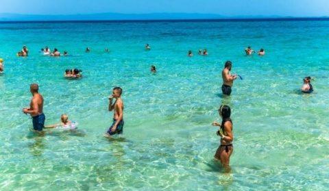 Grecia deschide sezonul turistic. Fără teste Covid 19 pentru turiști