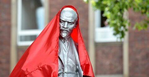 Statuie a lui V.I. Lenin s-a ridicat în Germania. Simbolurile comuniste apar în orașele germane