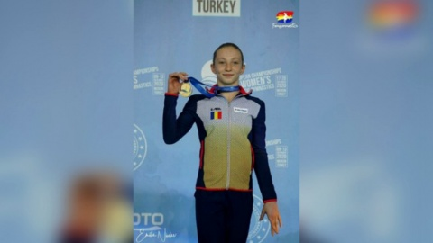 Ana Bărbosu a câştigat medalia de aur în toate cele patru finale pe aparate, la Campionatele Europene de gimnastică