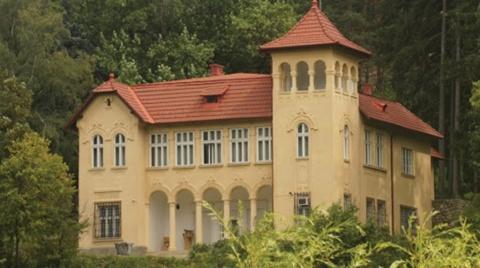 """Tradiții și jocuri din satele Bucea și Negreni, în Muzeul """"Octavian Goga"""" din Ciucea"""