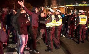 """Manifestații violente anti-restricții la Copenhaga: """"Libertate pentru Danemarca, ne-am săturat"""" (Video)"""