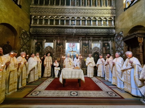 Parastas pentru Episcopul Nicolae Ivan și Mitropolitul Bartolomeu Anania, la Catedrala Mitropolitană Cluj