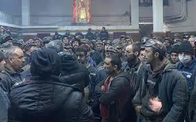 """Proteste de stradă în Valea Jiului. Se scandează """"Azi în Hunedoara, mâine în toată țara"""""""