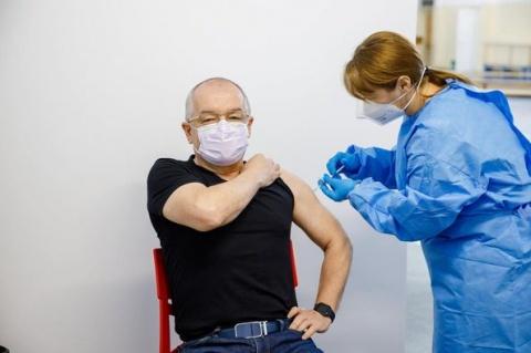 Emil Boc este supărat pe autoritățile de la București, deoarece nu se ponderează rata de incidență cu numărul de teste COVID-19