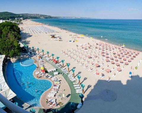 Turiștii care doresc să viziteze Bulgaria vor trebui să aibă ori un certificat de vaccinare împotriva COVID-19 sau test negativ