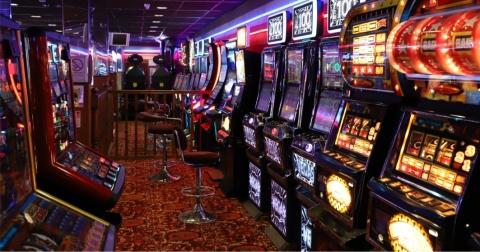 3 Motive pentru care românii joacă la casino online