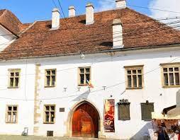 Ministerul Dezvoltării intenționează să restaureze casa lui Matei Corvin din Cluj-Napoca