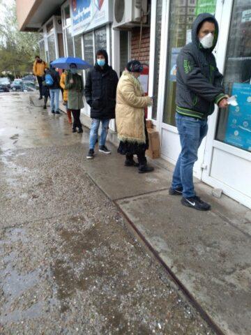 La Poșta Română lipsește buna organizare în slujba clienților din Mănăștur