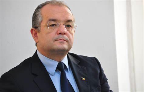 Emil Boc lansează un nou atac împotriva președintelui PNL Ludovic Orban
