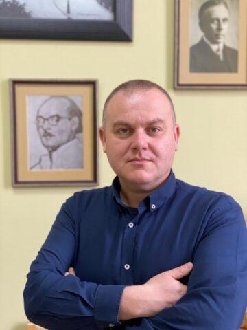 Marius Țion: Confesiunile unui poet solitar – Ionuț Țene