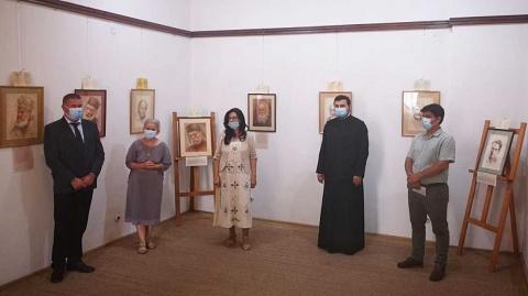 Chipuri ale martirilor din închisorile comuniste sunt expuse la Muzeul Național al Unirii din Alba Iulia