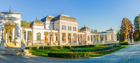 Cluj Never Sleeps la Cluj-Napoca în Piața Unirii și la Casino
