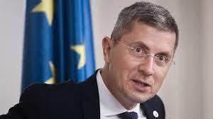 """Copreşedintele USR PLUS Dan Barna recunoaște că s-a întâlnit cu Emil Boc, un fel de """"șef informal"""" al PNL"""