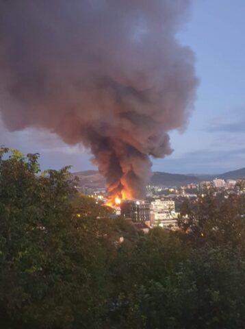 Incendiu uriaș în zona Tetarom din Cluj-Napoca