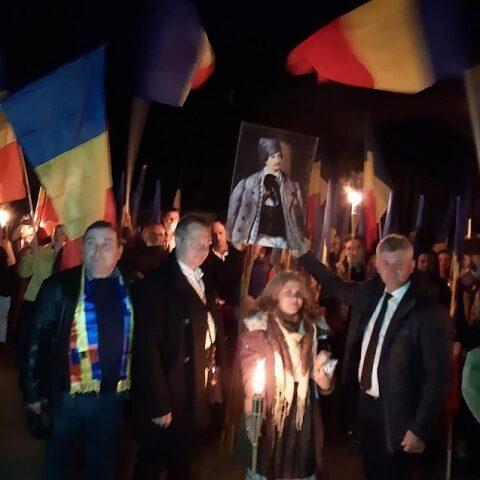 Ziua Armatei Române celebrată la Valea Uzului