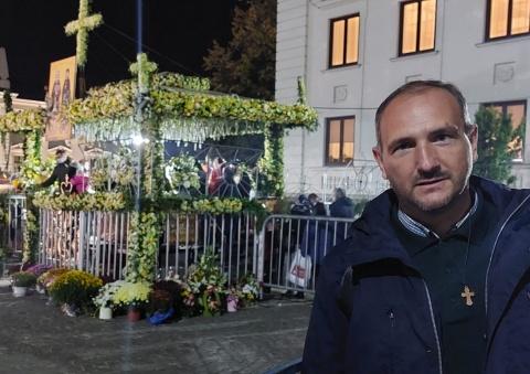 Pelerin la Hramul Sfintei Cuvioase Parascheva. Nevoință și rugăciune la Iași!