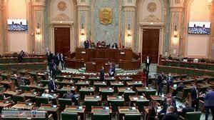 Senatul nu a reușit să adopte propunerea legislativă prin care personalul unor unităţi publice şi private este obligat să prezinte la locul de muncă certificatul digital privind COVID-19