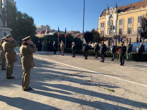 Ziua Armatei Române, sărbătorită în Piața Avram Iancu din Cluj-Napoca